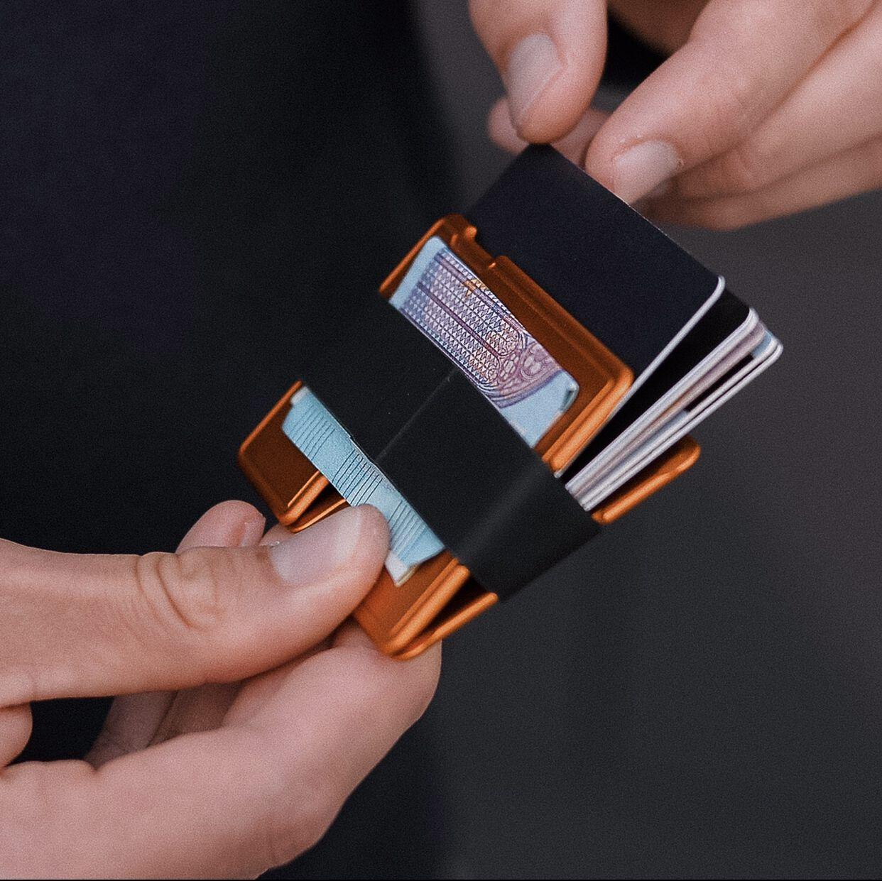 Minimalistische Geldborse Aus Osterreich Fairschenkt Online Shop Fur Nachhaltige Geschenke